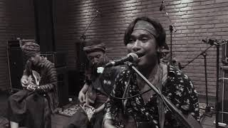 Download KRONCONG JANCUK - MIK POK NEH ( KERONCONG VERSION ) LIVE RECORD