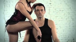 Йордан Йончев ( Гъмзата ) & Деян Неделчев & КуКу Бенд  - Двама мъже и половина