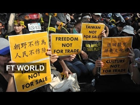 Taipei protesters object to China deal
