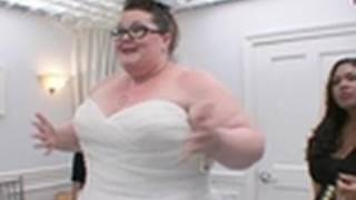 Video Missing the Va-Va-Voom | Say Yes to the Dress Big Bliss download MP3, 3GP, MP4, WEBM, AVI, FLV Agustus 2018