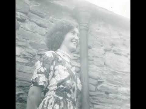 Kitty Gallagher: Coinnleach Glas an Fhómhair (The Green Autumn Stubble) (1951)