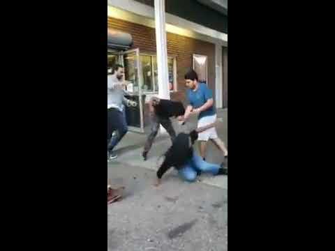 Attack and Fight at Pittsburgh gas station
