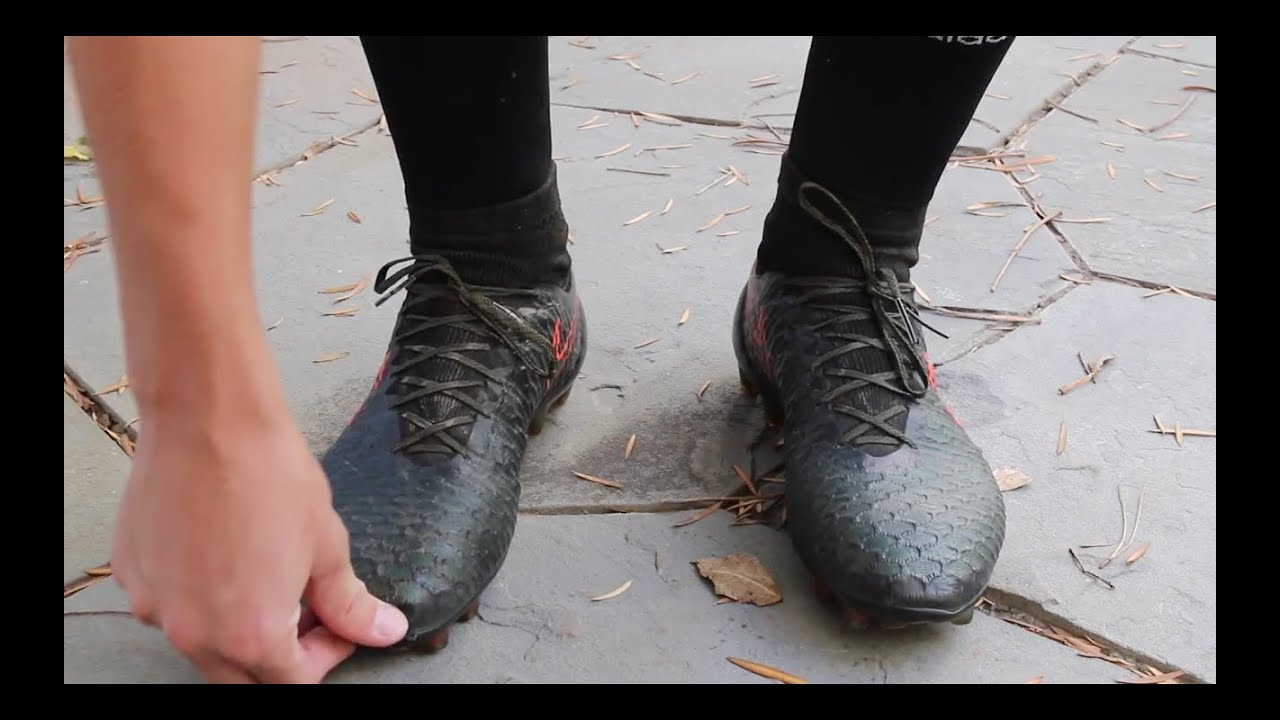 How To Size Your Soccer Cleats! - YouTube