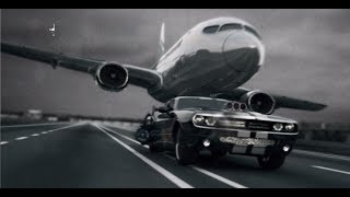 Dodge Challenger vs Boeing 737