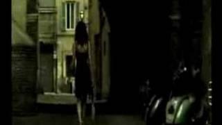 Elizabeth Arden - Puddle Thumbnail