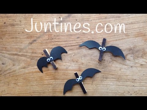 Murciélagos hechos con pinzas de madera,vídeo de manualidades de Halloween