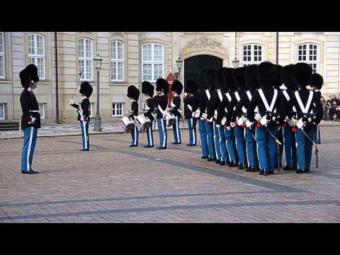 COPENHAGEN - ROYAL GUARDS PARADE