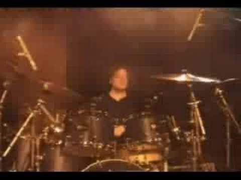 Dennis Leeflang - Don Pardo Pimpwagon (Bumblefoot) drum break, Paris, France November 2005. http://www.dennisleeflang.com