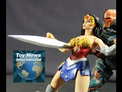 DC Collectibles Earth 2 Wonder Woman Figure Review