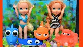 Anna and elsa toddlers swimming pool! dive play orbeez aquarium fun hunt finding dory toys in action