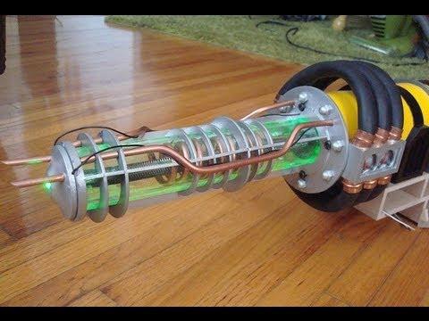 Плазменная пушка(рельсотрон) электромагнитная