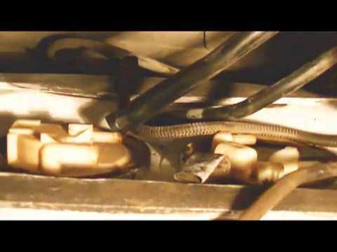 Como bajar el tanque de nafta,sacar bomba y flotante de combustible.Video.