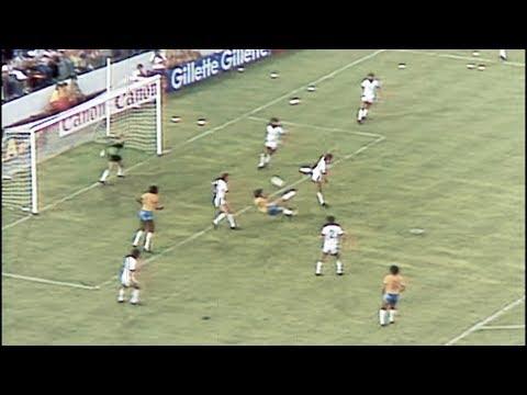 البرازيل 1982 .. أفضل منتخب لم يحقق بطولة كأس العالم  - نشر قبل 19 ساعة