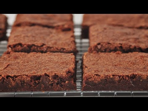 Katharine Hepburn Brownies Recipe Demonstration - Joyofbaking.com