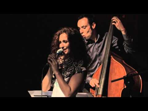 Maria Mendes - ÁGUA DE BEBER (Live in Portugal) | Along the Road international tour 2012-2013