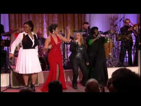 11 Entire Cast Proud Mary