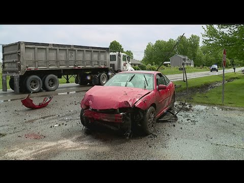 New Middletown police: Man arrested after crash causes live wires to fall on semi