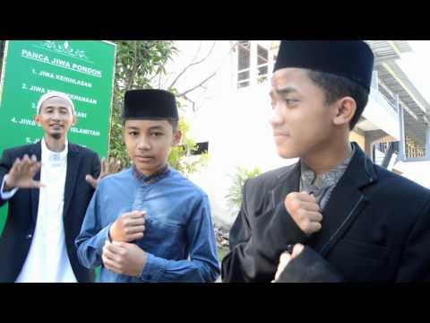 Nasyid Identitas Sejati ( lips by Daris'Voice )