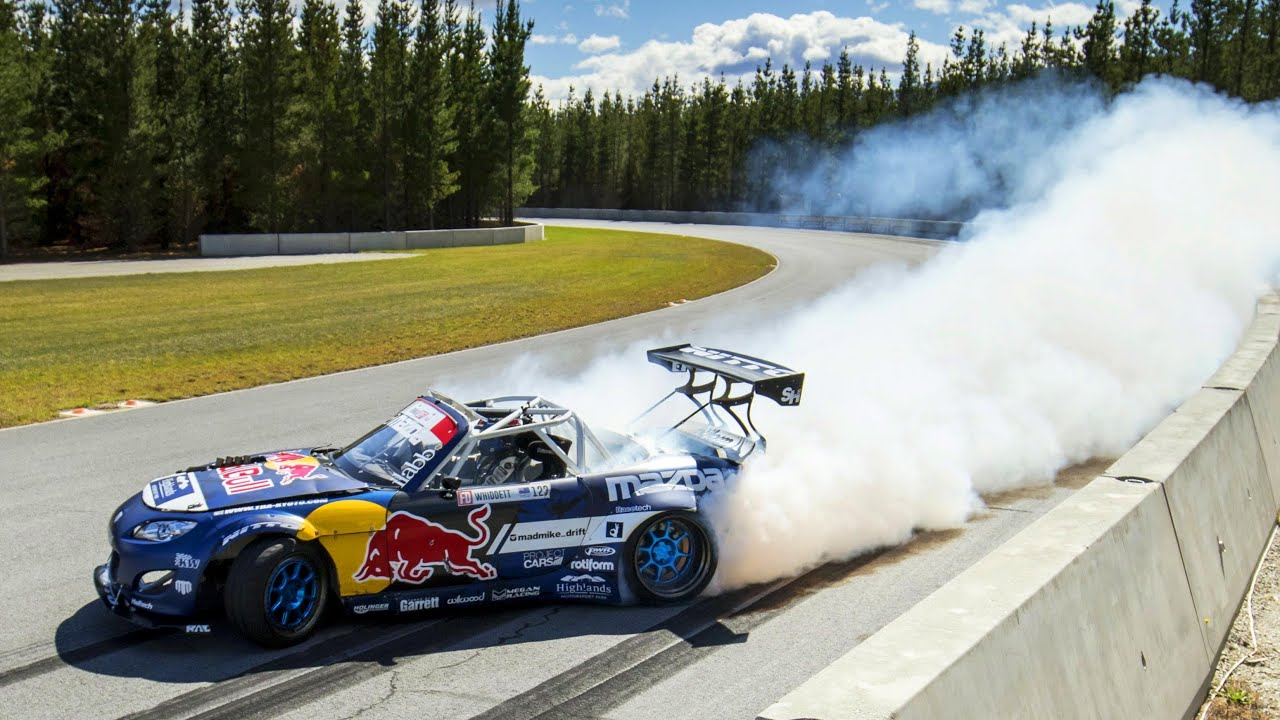 Mad Mike Whiddett And His Mazda Mx 5 Quot Radbul Quot Drift