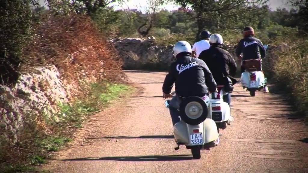 Italia Touring Moped