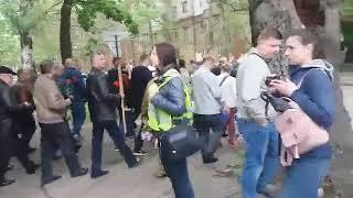 ПН TV 9 Мая в Николаеве Афганцы идут маршем к мемориалу Героям Ольшанцам