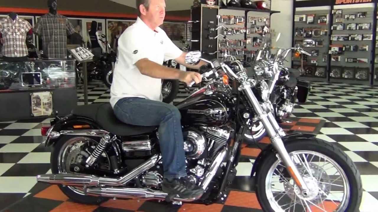 Harley Davidson Dyna Super Glide Custom 2013 Wallpapers: Dyna Super Glide Custom 2013