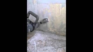 Штробление стен под розетки. 8 915 204 1111 Леонид.(Поедлагаю услугу: штробление розеток, штробление стен с профессиональным инструментом - по 2 минуты на розе..., 2016-04-16T06:22:54.000Z)