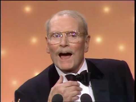 Laurence Olivier Receives Cecil B. DeMille Award  Golden Globes 1983
