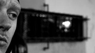 Baixar Cenza - Un trou noir dans un gant blanc (Clip Officiel)