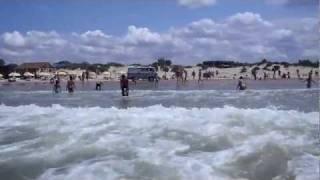 2011-07-23 Анапа. Пляж Джемете.(2011-07-23 Анапа. Пляж Джемете. Маленький штормец. Великолепный отдых, чистая водичка и немного людей. Провёл..., 2011-07-23T20:15:59.000Z)