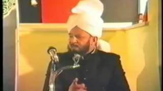 Ahamadiyya خلیفہ رابع کے لفظ لفظ پہ عمل