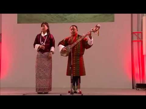 Bhutanese Folk Song by The Royal Academy of Performing Arts (Bhutan):ブータン伝統芸能 自然保護を歌った民謡 ブータン王立舞踊団
