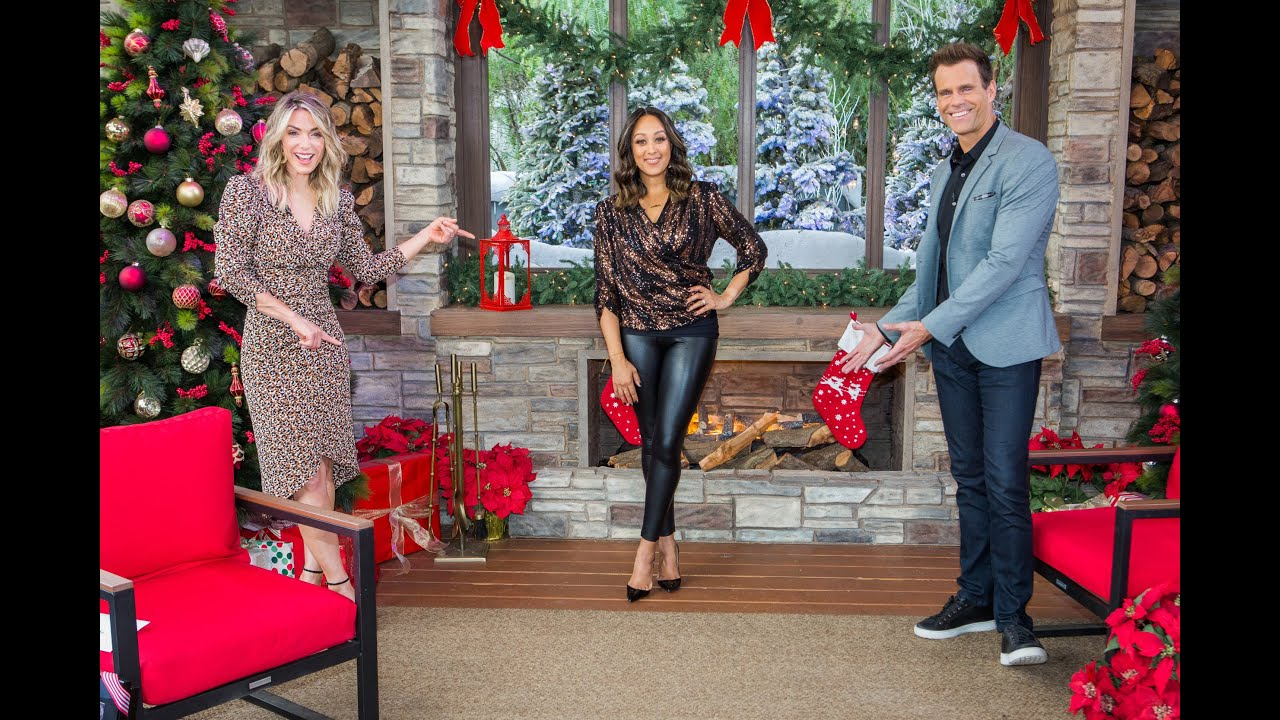 #TMPCHECKOUT: Tamera Mowry-Housley Joins Hallmark