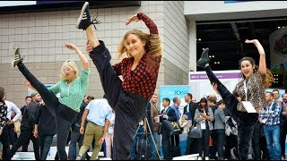 HUGE Flash Mob Shocks Tradeshow Visitors!