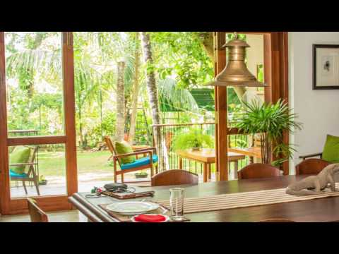 The Mirror Mansion: Luxury hotel in Rajageriya, Sri Lanka