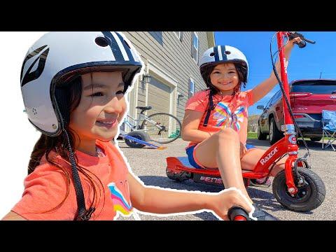 Power Wheels Collections Ride On Car!  Las 2 munecas juegan con bicicleta