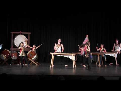 Celebration & finale in en Taiko Concert 2017, da Vinci Middle School, 18JUN
