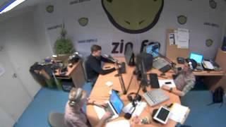 2013 12 16 Zip Fm Radistai skambutis Plastakei is Vilniaus