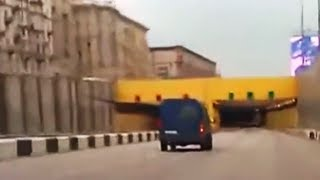 Russian tunnel crash at 120 mph