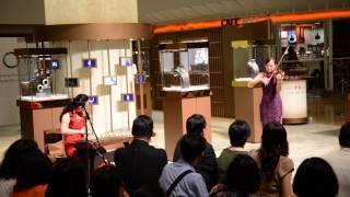 古箏演奏家鄒倫倫為中藝集團周年慶表演《致青春》