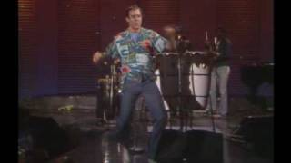 """Andy Kaufman - The Midnight Special """"It's A Small World"""""""