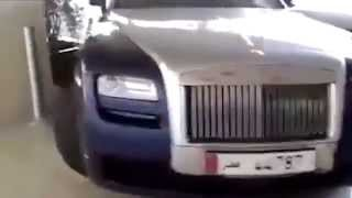 Driver In Doha Smashes Into Rolls Royce At Sheraton Hotel