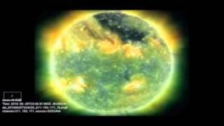 Explosão solar produz aurora boreal