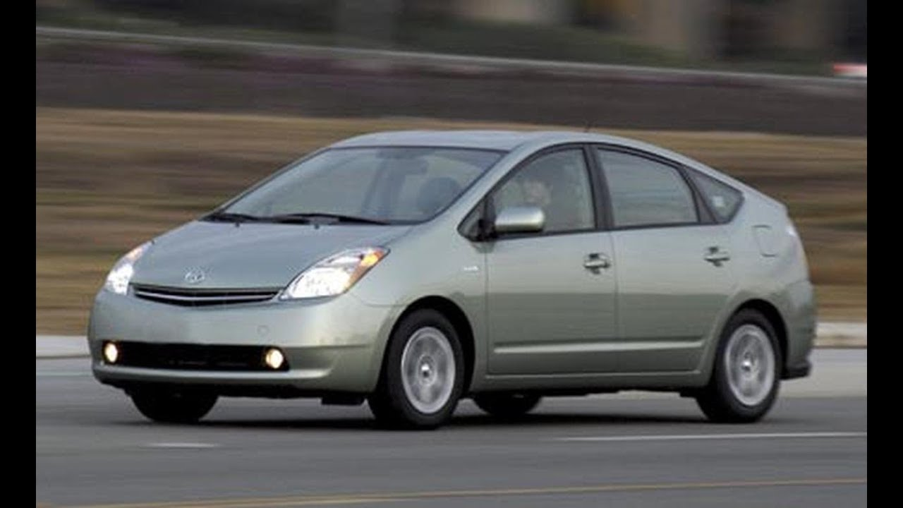 2007 Toyota Prius First Drive Review Car And Driver