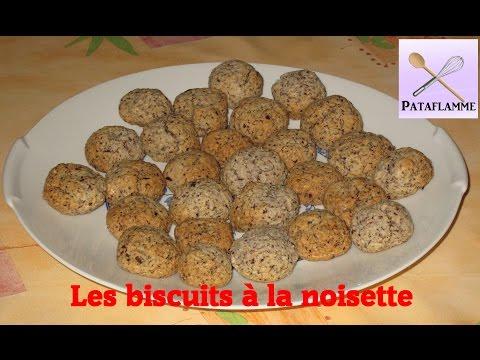 recette-des-biscuits-à-la-noisette---hazelnut-biscuits-recipe