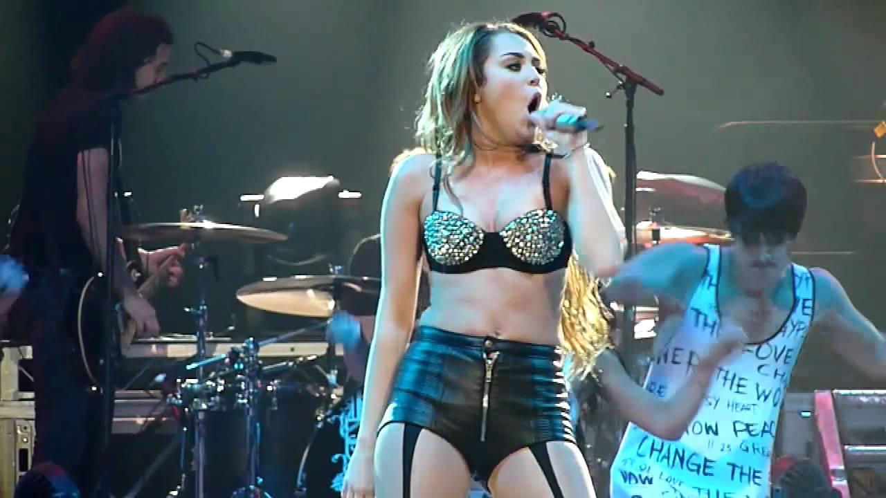 Miley Cyrus Drugs ruined Hannah Montana s career