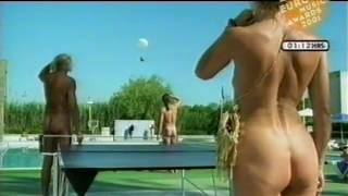 Retro Commericals - H&M Nude (2001)