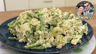 Салат, Рыба и картошка. ВСЕ В ШОКЕ, что же еще там внутри. Просто, но очень вкусно.