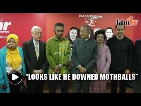 Pundit's reaction to Mahathir's presence goes viral