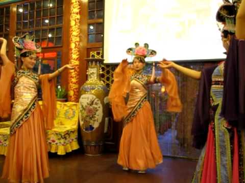 Dancing girls at Qing Dynasty style restaurant, Beijing, China